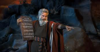wpid-0425_Charlton_Heston_as_Moses_in_Ten_Commandments